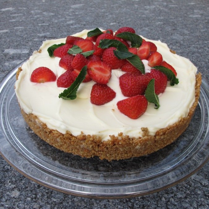 White Chocolate Cheesecake with Straberries
